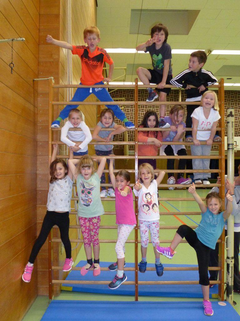 Kinderturnen Klasse 1