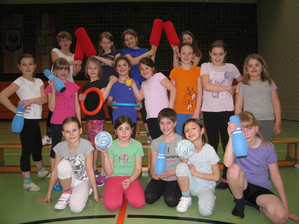 Mädchenturnen Klasse 2-4